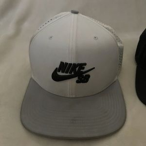 nike snap backs
